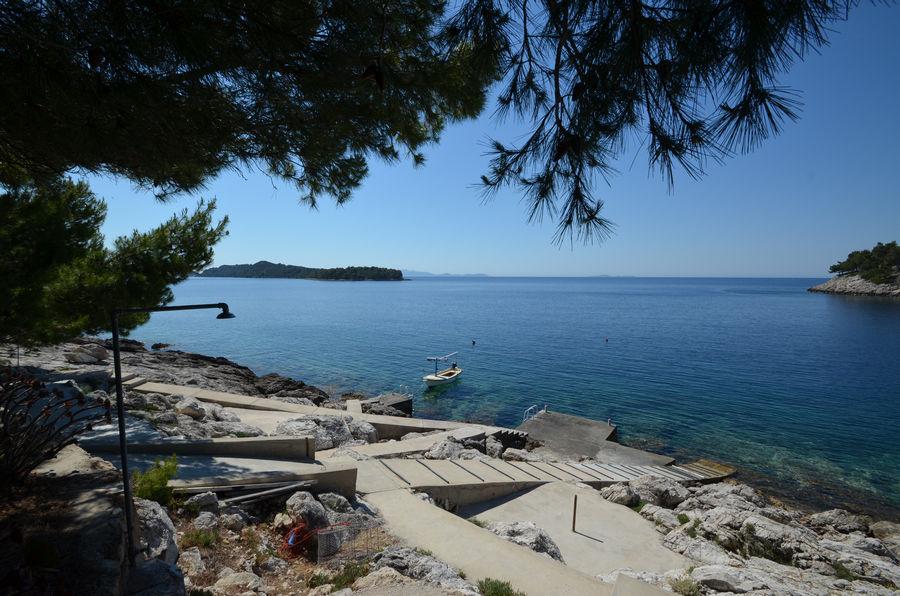 karbuni-beach