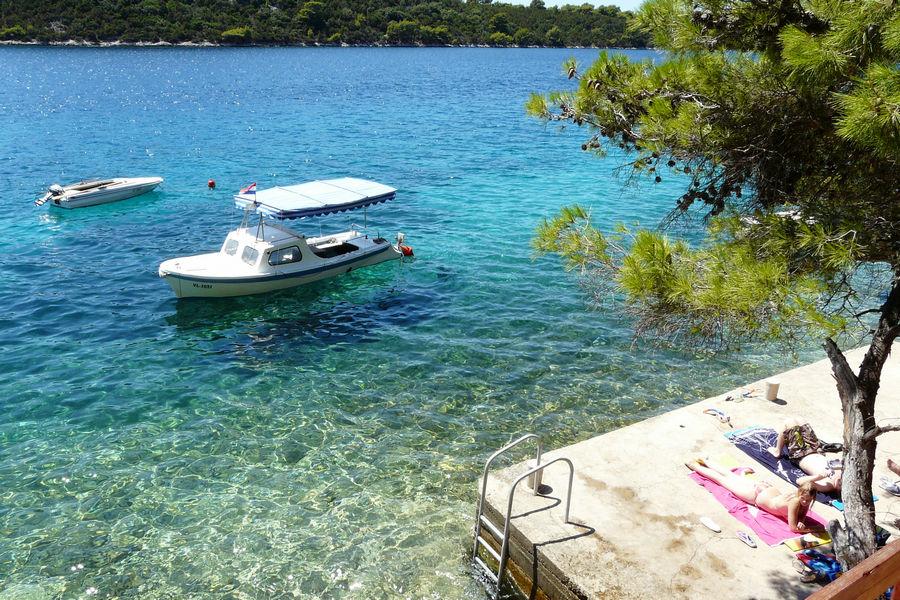 karbuni-čoln-privez-plaže