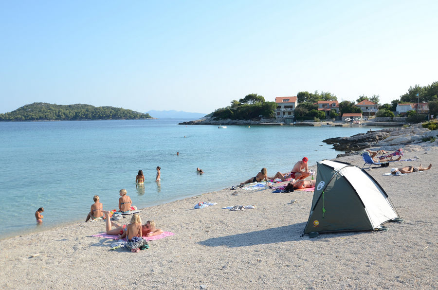 prizba-beach-zal-ratak