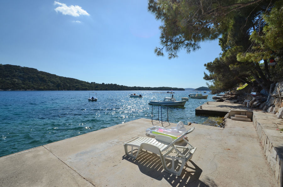 korcula-apartments-karbuni-prijam-beach-03