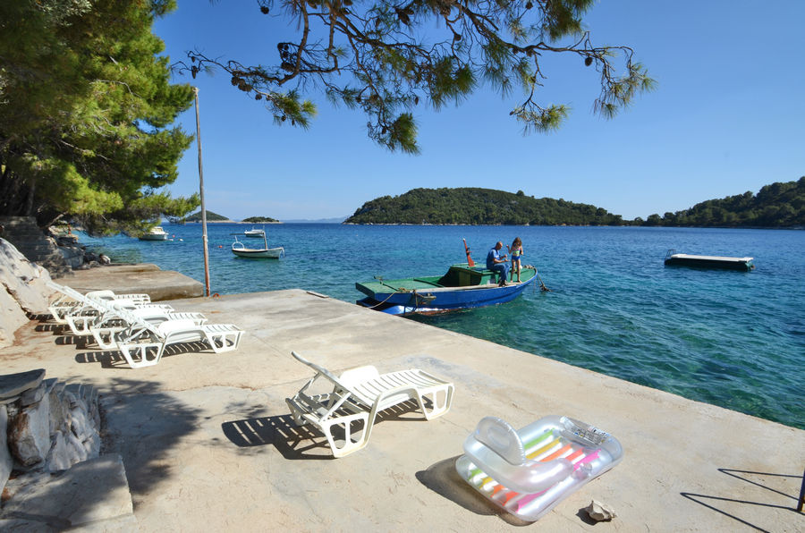 korcula-apartments-karbuni-prijam-beach-04