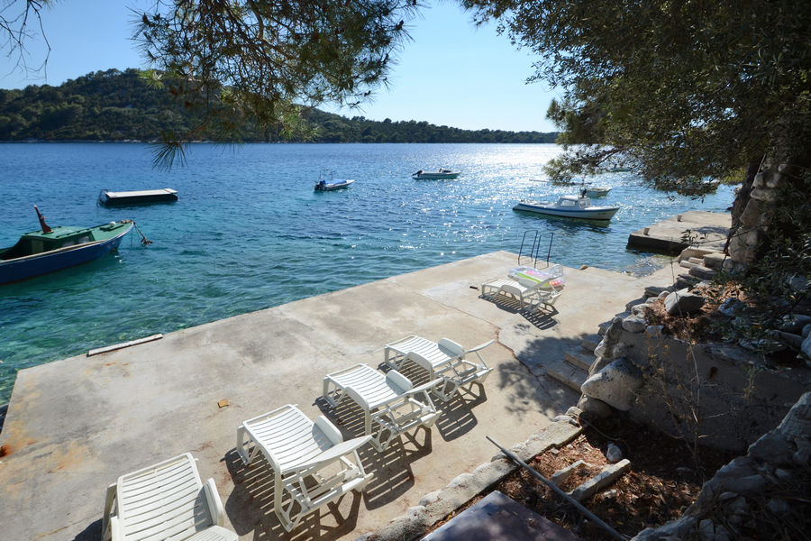 korcula-apartments-karbuni-prijam-beach-07