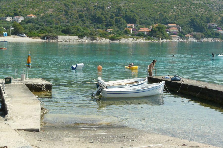 korcula-apartments-prizba-vinko-beach-02