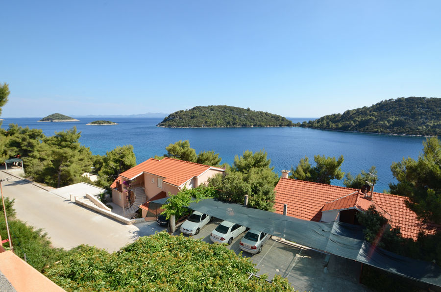 korcula-karbuni-apartments-prijam-house-10