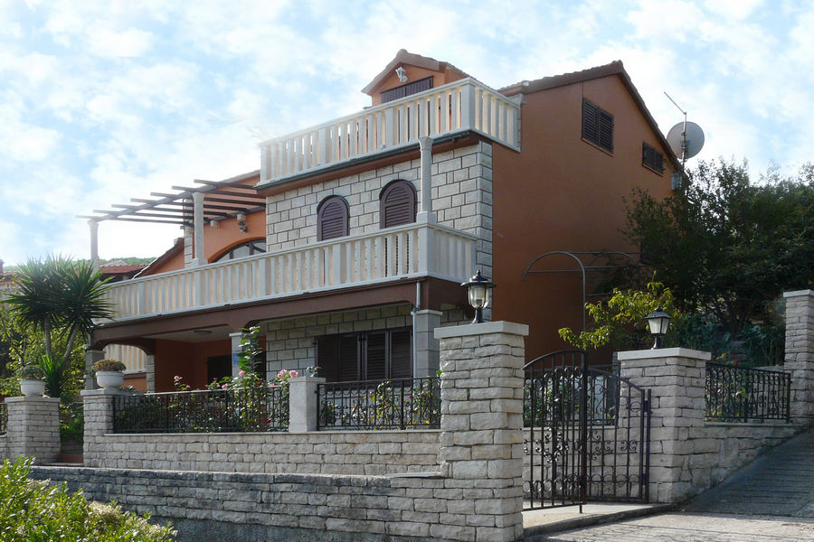 korcula-prigradica-apartments-markica-house-01