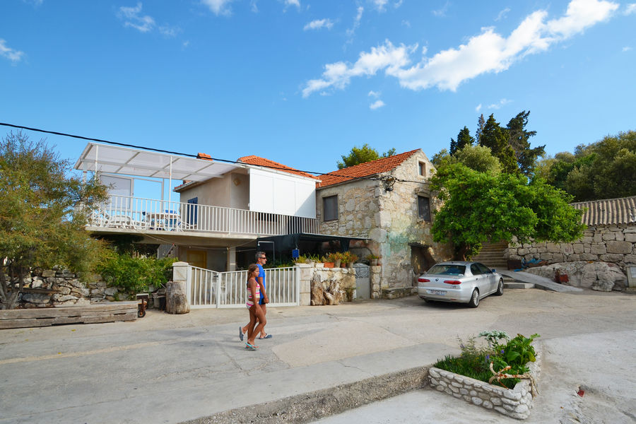 korcula-prizba-apartment-grbin-house-02
