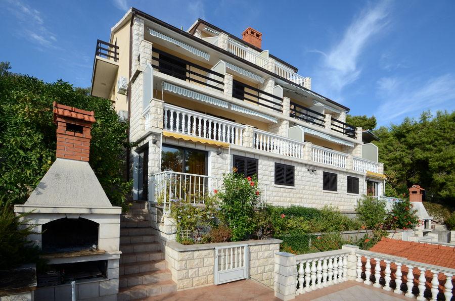 korcula-prizba-apartments-jelica-house-03