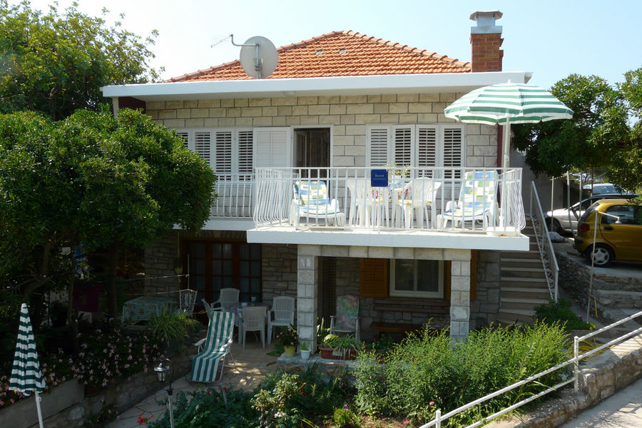 korcula-prizba-apartments-vinko-house-05