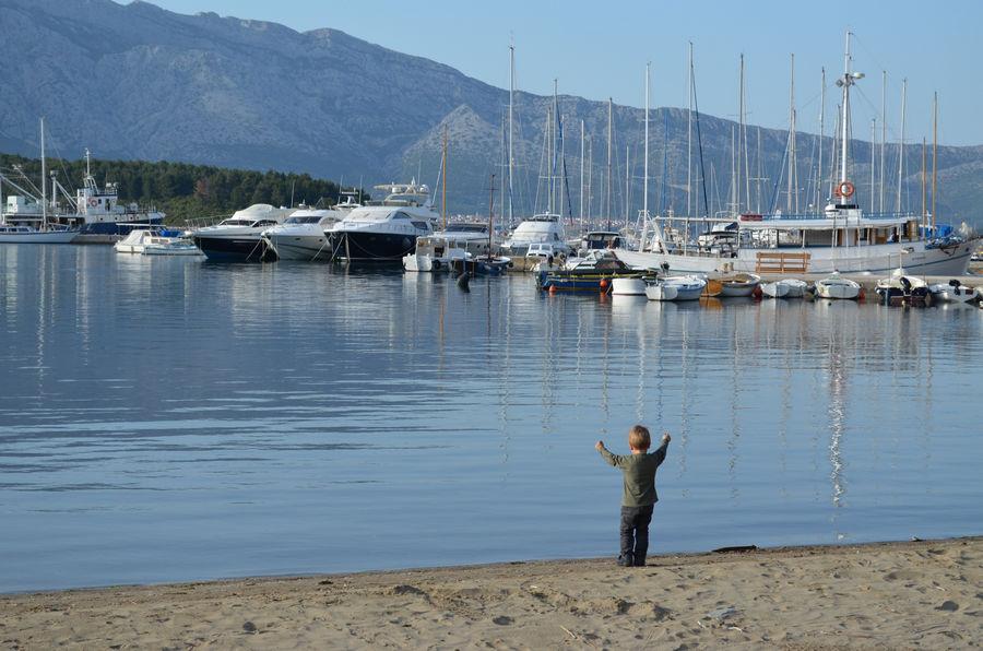 lumbarda-yahting-boat-mooring