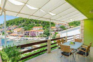 ivana-apartment2-terrace-06-2019-pic-01