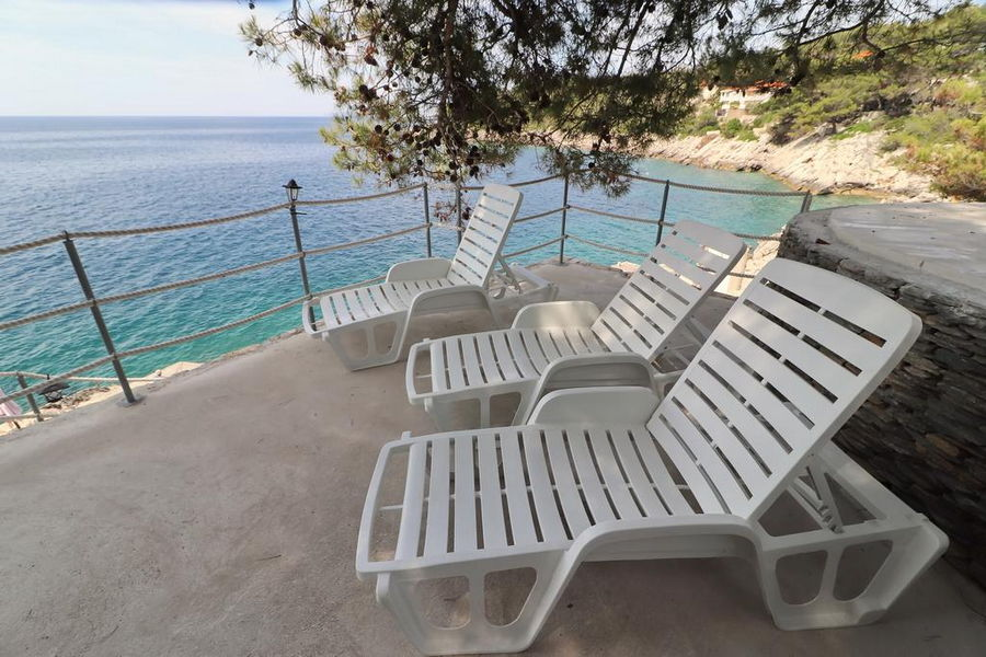 Korcula-apartments-prizba-Dane-Marian-beach-05-2019-01