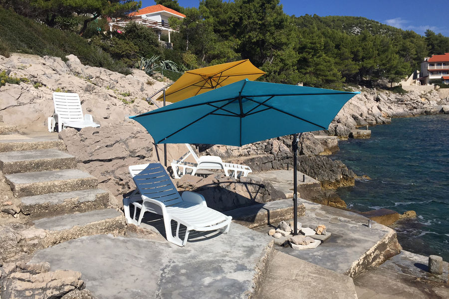 korcula-apartments-prizba-kraljevic-beach-10-2016-Pic-01