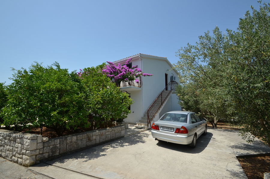 korcula-prizba-apartments-franica-house-05