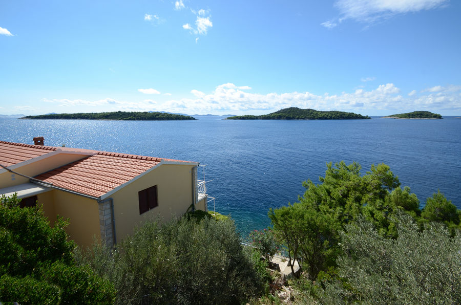 korcula-prizba-apartments-katija-house-02