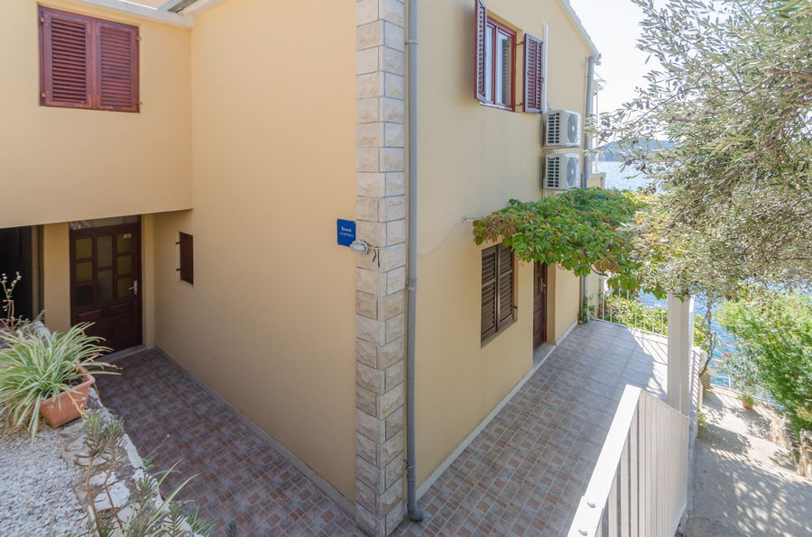 Korcula prizba apartamenty katija dom-09-2018-pic-03