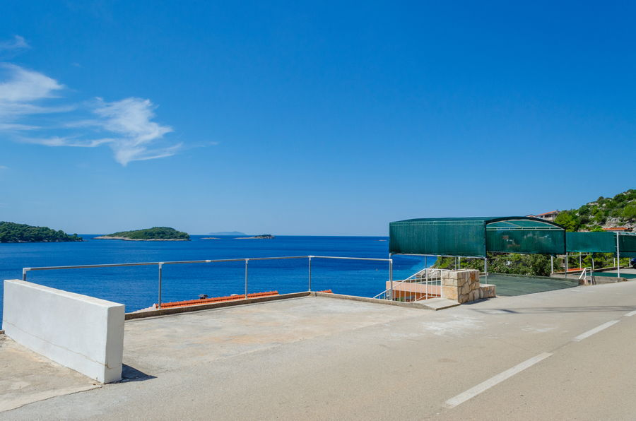 Korcula-Prizba-Apartments-Marija-House-parking-07-2018-02