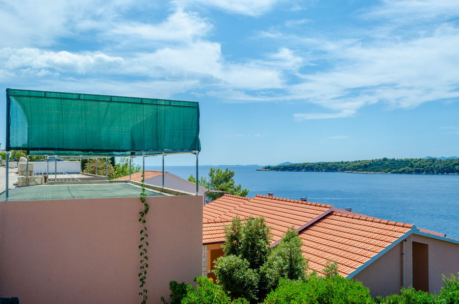 Korcula-Prizba-Apartments-Marija-House-parking-07-2018-04