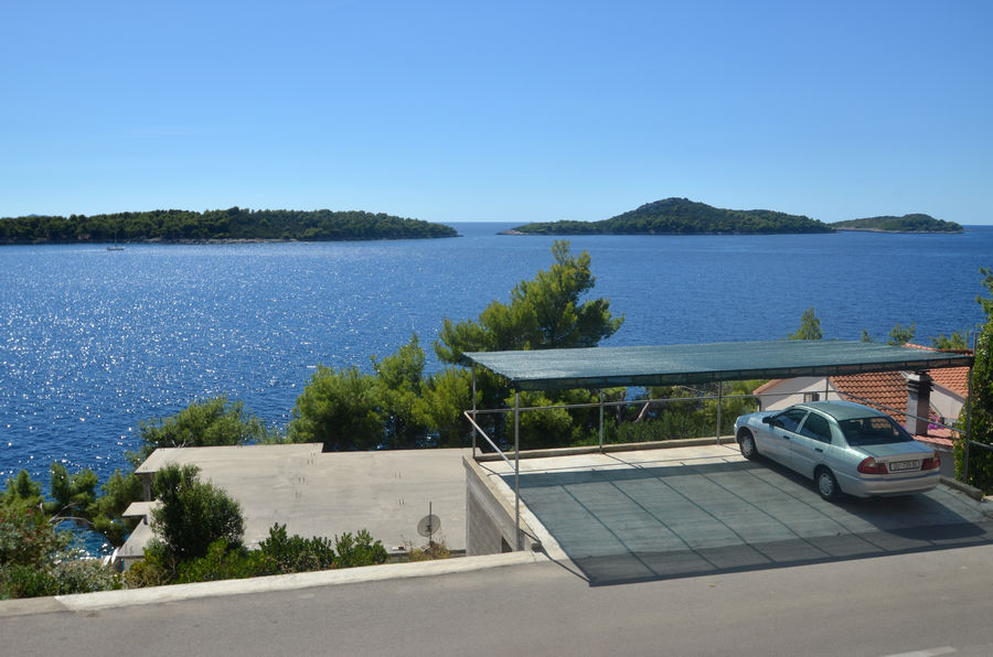 korcula-prizba-apartments-viki-house-01