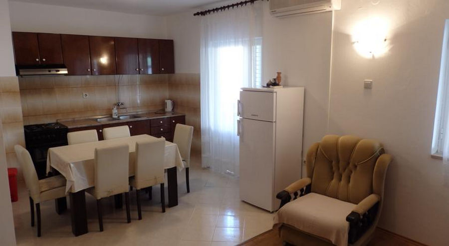 ivaniana-Appartamento2-cucina-02-2016-pic-01