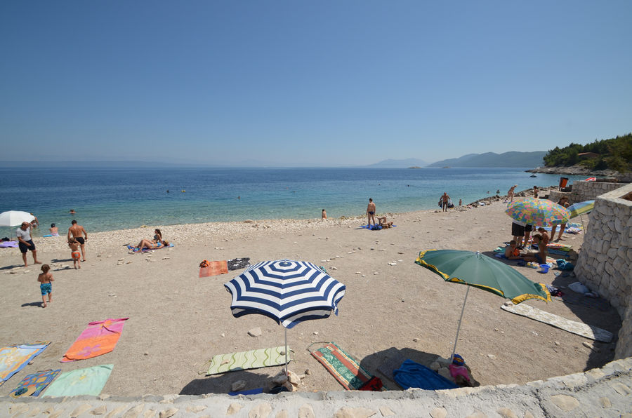 Korcula-Ferienwohnungen-Prigradica-Vlajna-beach-02