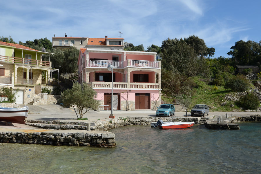 korcula-grscica-apartments-jakov-house-01