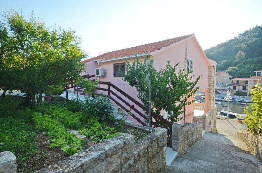 korcula-grscica-apartments-jakov-house-05-2018-pic-05