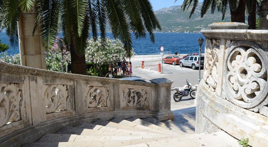 Korcula-Port-mittelalterliche-stairs