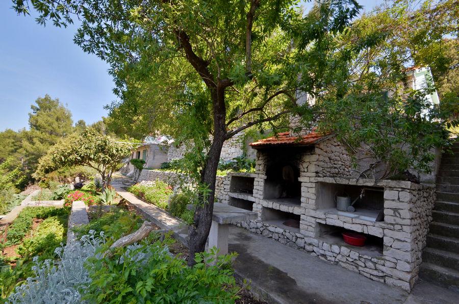 Korcula-Rasoha-Ferienwohnungen-Kristina-Haus-07