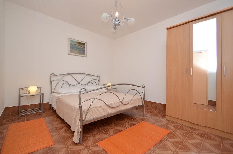 Kristina-apartment1-Zimmer-01