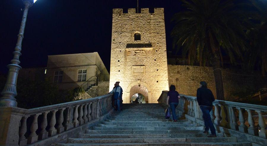 srednjeveški-mesto-vrata-Korčula
