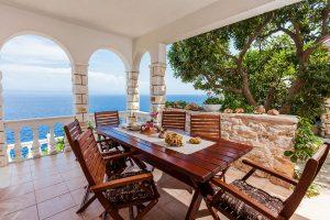 house-linda-renata-terrace1-02