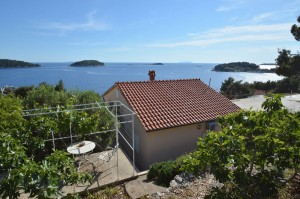 korcula-accommodation-prizba-apartment-sunnyside-01