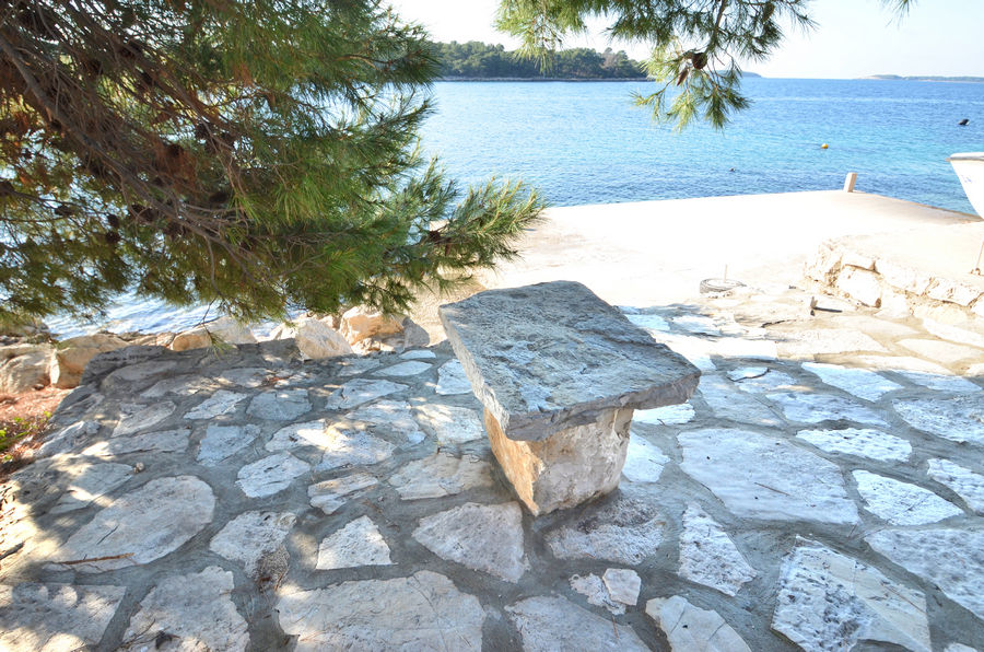 korcula-apartments-karbuni-bosnic-beach-02