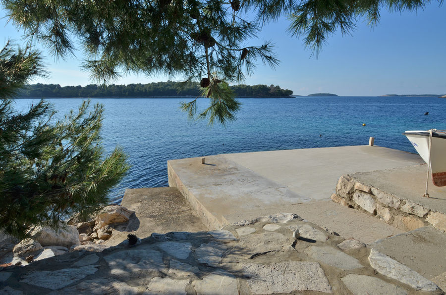 korcula-apartments-karbuni-bosnic-beach-05