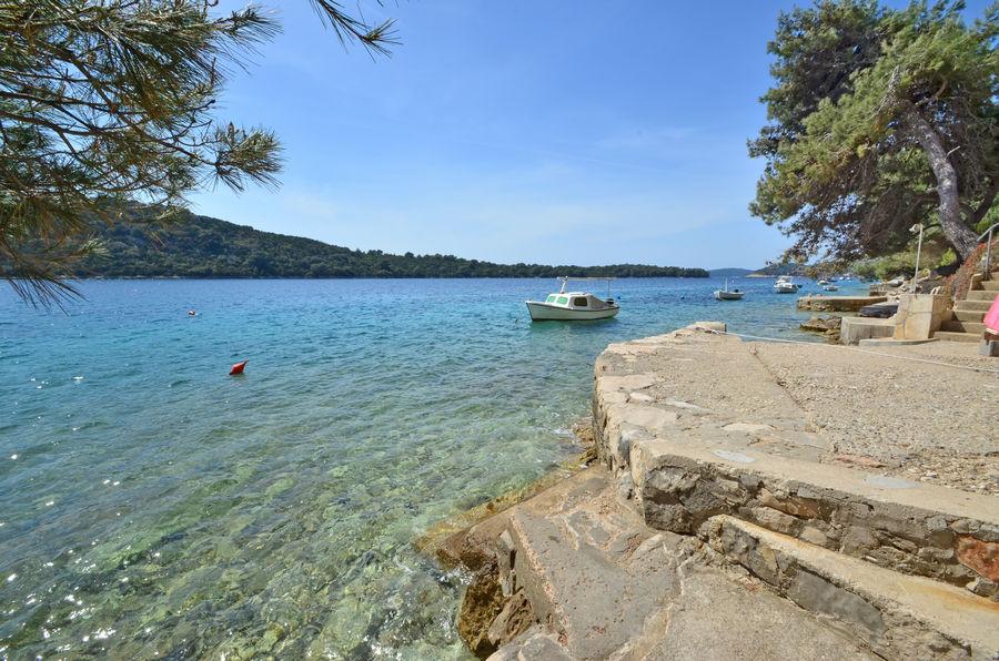 Korčula-apartmaji-karbuni-osolemio-plaže-04-2016-pic-05