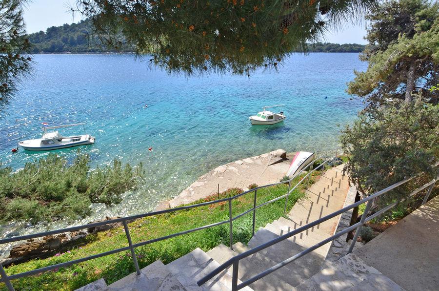 Korčula-apartmaji-karbuni-osolemio-plaže-04-2016-pic-06