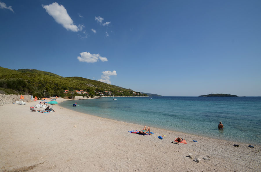 korcula-apartments-prizba-helena-beach-03