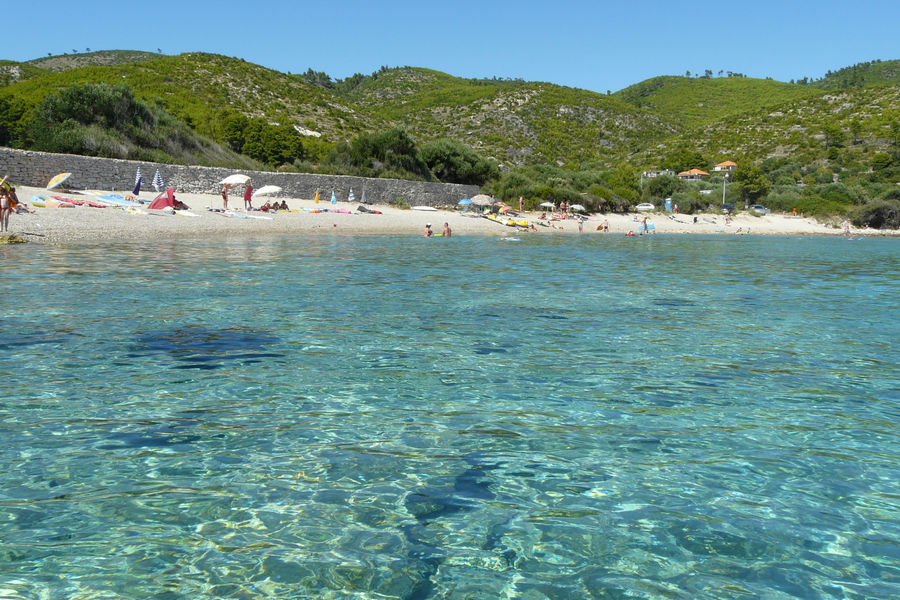 korcula-apartments-prizba-helena-beach-04