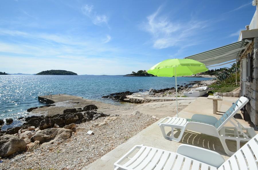 korcula-apartments-prizba-pensa-beach-09-2015-pic-02