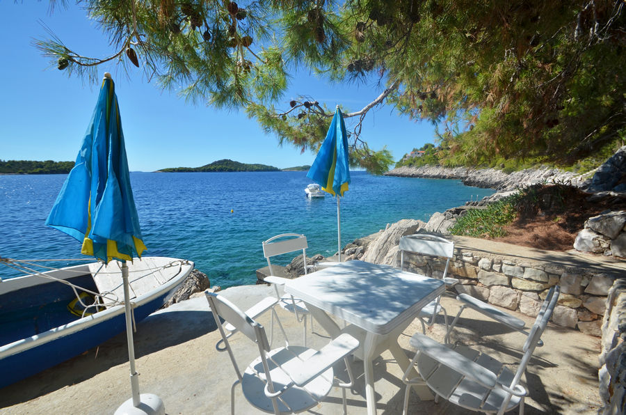 korcula-apartments-prizba-seme-beach-02
