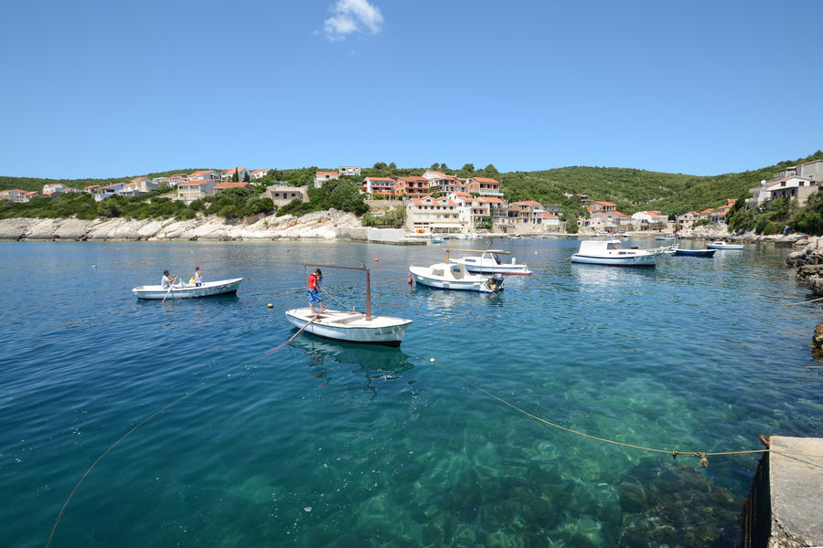 korcula-apartments-zavalatica-antonia-beach-04