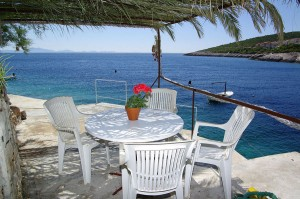 korcula-apartments-zavalatica-mtresidence-beach-01