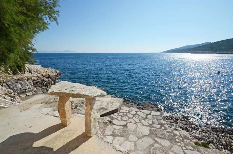 korcula-apartments-zavalatica-ranko-beach-05-2016-pic-01