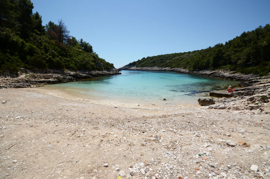 korcula-apartments-zavalatica-ranko-beach-07