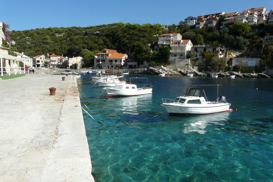 korcula-apartments-zavalatica-toni-beach-01