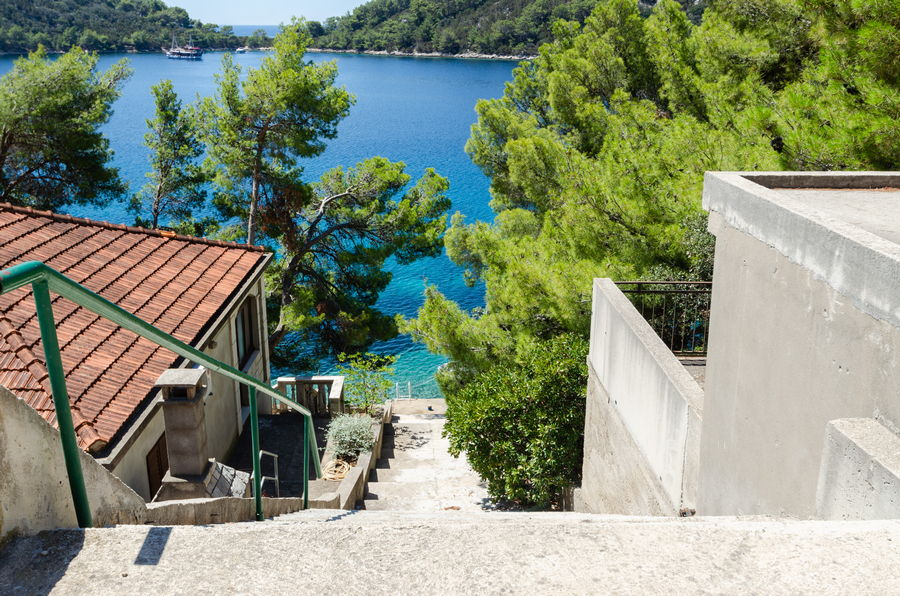 korcula-karbuni-apartments-anic-house-way-to-the-beach-07-2020-pic-01