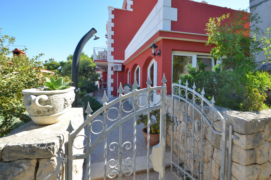 korcula-prigradica-apartments-kapor-house-06
