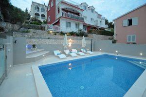 korcula-prigradica-apartments-kapor-house-swimming-pool-05