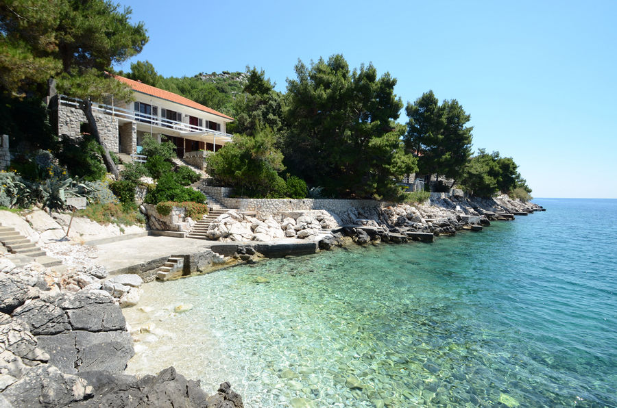 korcula-prizba-apartments-lukric-house-02