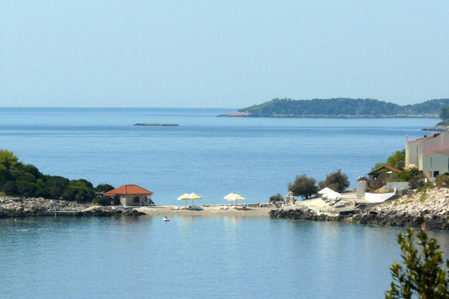 korcula-villa-lorena-beach-04